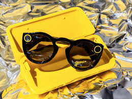 apple store thanksgiving hours snapchat spectacles go on sale in new york city business insider