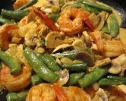 cuisiner des pois gourmands recette crevettes aux chignons et pois gourmands crème aux