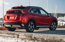 mitsubishi eclipse 2017 mitsubishi eclipse cross now on sale in australia from 30 500