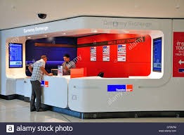 bureau de change sydney travelex photos travelex images alamy