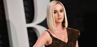 Vanity Fair Katy Perry Katy Perry Suffers Epic Wardrobe Malfunction At Vanity Fair Party