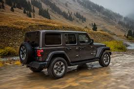 2018 jeep wrangler interior fully revealed l a auto show 2018 jeep wrangler sports new design engine options