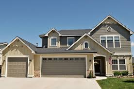 zspmed of house paint color with brown roof