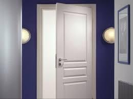 porte de chambre comment remplacer une serrure de porte intérieure leroy merlin