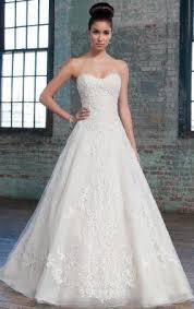 wedding dress online uk beautiful wedding dresses uk online at queeniewedding