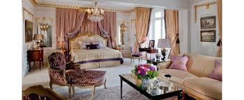 chambre de palace chambre romantique suite royale palace hôtel avenue montaigne