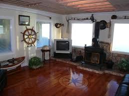 tahiti style overwater bungalow lake homeaway crescent city