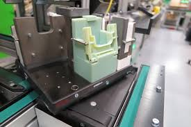 objet en metal schneider electric u0027s u0027factory of the future u0027 strategy incorporates