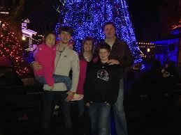 christmas memories and traditions mollie duddleston ronnie floyd