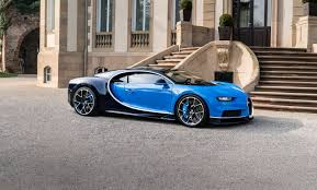 first bugatti take a first look at bugatti chiron evonews
