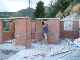alt build blog building a well house 2 dry stack cement block