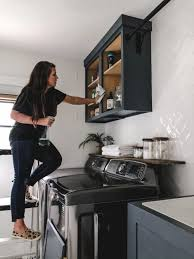 what type of behr paint for kitchen cabinets how to paint cabinets and a contrasting trim within the grove