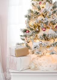 how to decorate a white flocked tree the diy