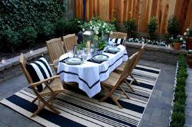 Black And White Striped Outdoor Rug by Black And White Striped Patio Pillows Patio Outdoor Decoration