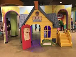 doc mcstuffins playhouse visit doc mcstuffins the exhibit macaroni kid