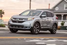 honda crv awd mpg 2017 honda cr v vs 2017 toyota rav4 which crossover makes more