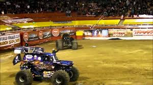 monster truck show memphis unbelievable monster truck backflip by son uva grave digger ryan