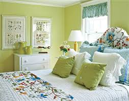 wall paint spring meadow green 2031 40 trim paint ivory white