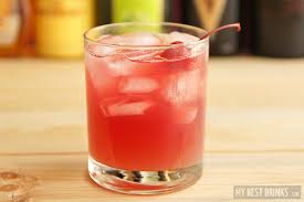 10 easy mixed drinks to make on a college students budget