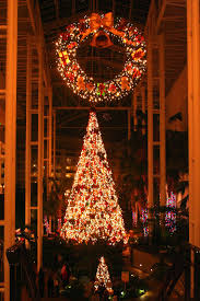 meanderings the christmas lights at opryland hotel