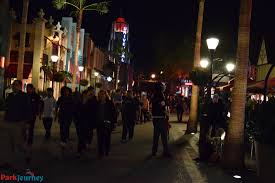 krampus halloween horror nights experiencing hhn hollywood in a wheelchair