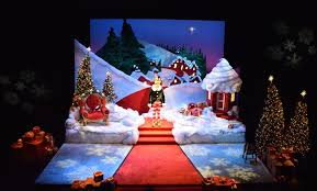 the santaland diaries syracuse stage scenic design by