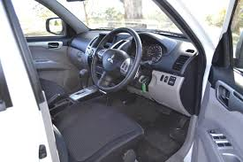mitsubishi triton 2012 interior car picker mitsubishi challenger interior images