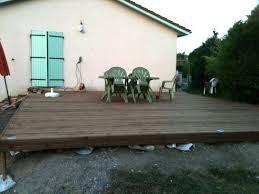 terrasse suspendue en bois fabriquer une terrasse en bois je fais moi même