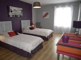 idée peinture chambre couleurs aubergine gris chambre coloris