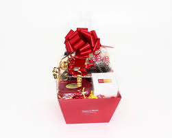 build your own gift basket build custom gift basket company gift baskets family gift