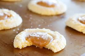 gooey salted caramel vanilla butter cookies kevin u0026 amanda