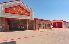 storage units in grand prairie tx 1102 w pioneer pkwy all