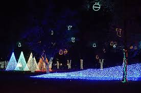 christmas light show pigeon forge tn 13 ways to experience 12 days of a tennessee christmas tennessee
