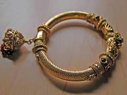 different types of bangles worn by indian married