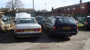 1993 Mercedes Coupe File 1993 Mercedes 190d And 1995 Ford Mondeo 1 8 Lx Td Estate