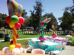 butterfly balloons balloons on the run party decorations r us balloon centerpieces