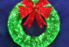 outdoor lighted wreath decor inspirations