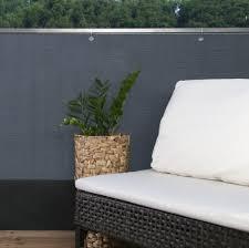 sichtschutz balkon grau edle sichtschutzmatte balkonblende sichtschutz balkon zaun