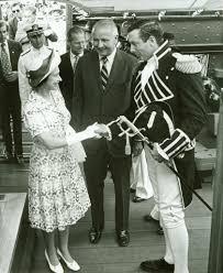 Queen Elizabeth Shooting Firing A Salute Uss Constitution Museum