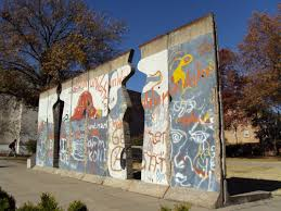 a las vegas bathroom and 9 other unexpected places to see the sections of the berlin wall on the grounds of the national churchill museum flickr user churchillmuseum