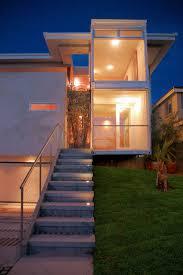 projeto de casa inovador com a utilização de containers e