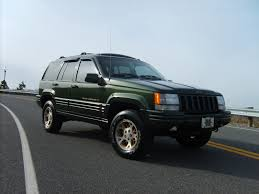 jeep grand cherokee lifted jeep grand cherokee orvis photos photogallery with 3 pics