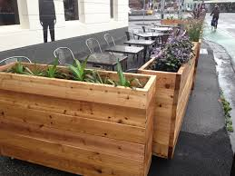 Restaurant Patio Planters by Cedar Cafe Barriers Fe Rubber Duck Cafe Clifton Hill