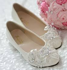 wedding shoes flats ivory aliexpress buy flat heel lace rhinestones wedding shoes for