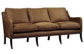 comment nettoyer un canapé en nubuck nettoyer et entretenir un canapé ou fauteuil en tissu alcantara