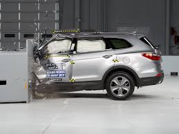 hyundai jeep 2015 2015 hyundai santa fe driver side small overlap iihs crash test