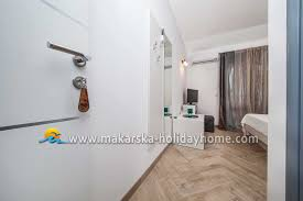 beach rooms in promajna for rent room karla s4