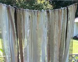 Green Burlap Curtains Best 25 Burlap Backdrop Ideas On Pinterest Hessian Wedding