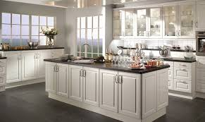 cuisines cuisinella catalogue modele de cuisine cuisinella idée de modèle de cuisine