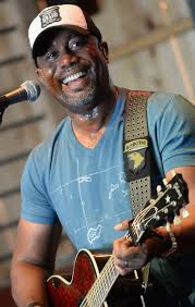 darius rucker on what is country and living u0027southern style